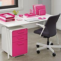 Best 25+ Pink home offices ideas on Pinterest | Pink study desks ...