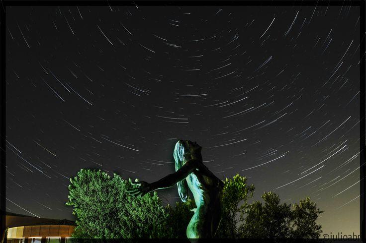 Suma de luces. Composición de un StarStax desde los jardines del hotel El Cigarral de Toledo.
