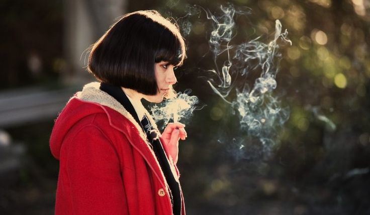 Jordana Bevan, Yasmin Paige, Women, Submarine (movie), Cigars, Smoking HD Wallpaper Desktop Background
