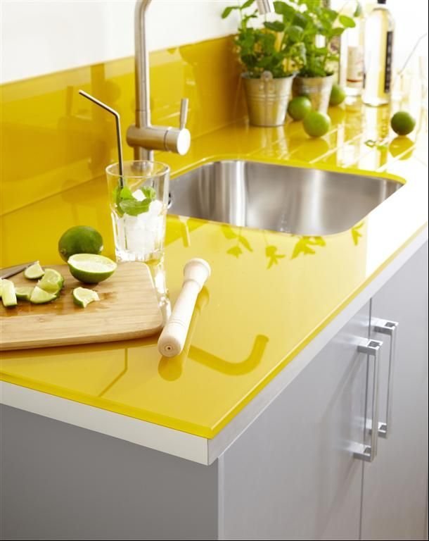 Yellow kitchen counter & grey cabinets, I think I have to do the yellow in chalk