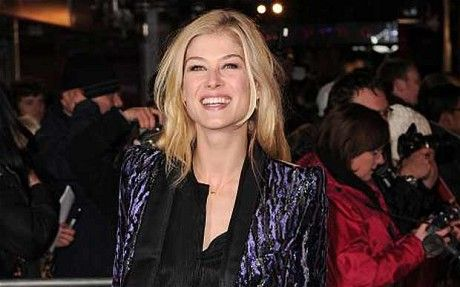 Actress Rosamund Pike moves home with boyfriend Robie Uniacke - Telegraph