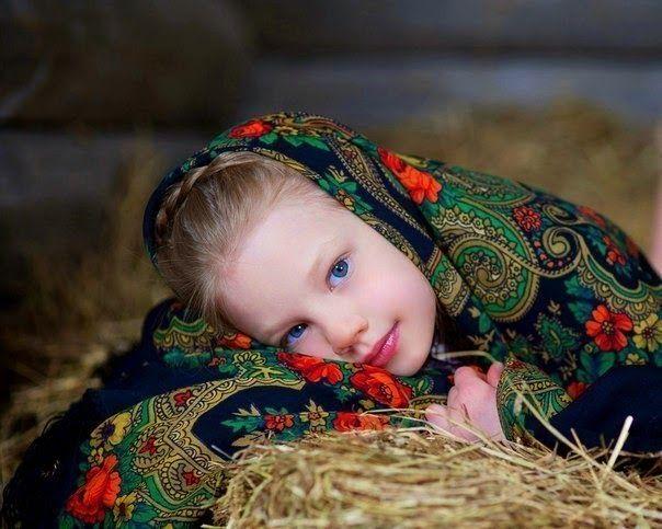 Картинки по запросу платок павлопосадский ребенок