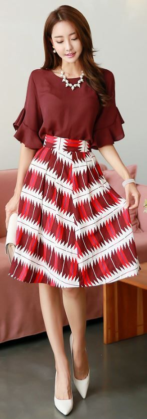 StyleOnme_Pixelated Abstract Print Flared Skirt #elegant #red #skirt #abstract #koreanfashion #elegant #chic #feminine #girly #kstyle