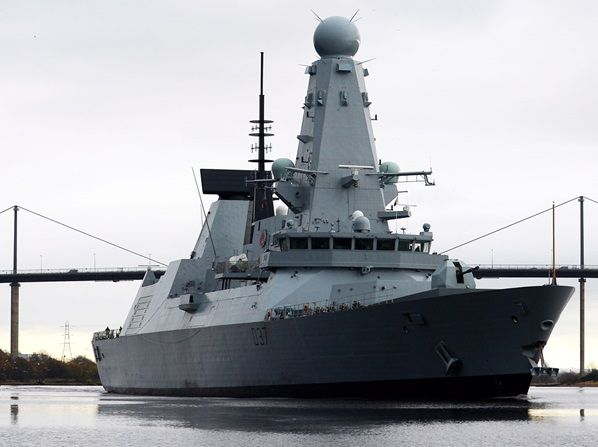 HMS Duncan returns to Scotstoun after trials