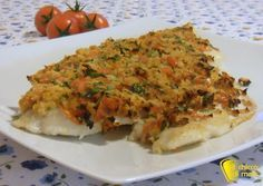 Filetto di pesce gratinato (ricetta light). Ricetta leggera di filetto di branzino, cernia, orata, platessa, merluzzo gratinato con pangrattato e pomodorini
