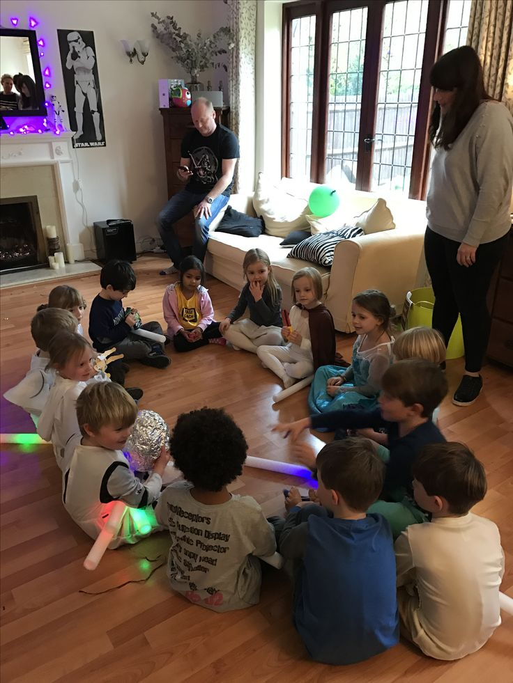 Love a bit of pass the parcel. Although in this case - pass the thermal detonator. Star Wars party games.