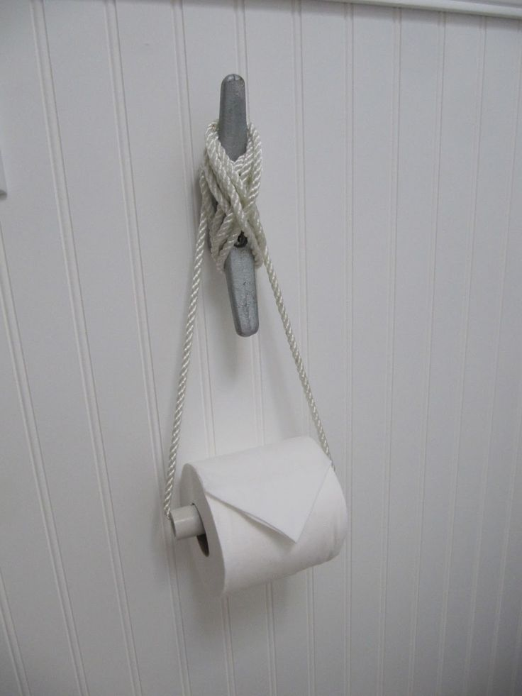 Love the nautical TP holder!!  laurie's-projects: Manzanita Re-Do Powder Room