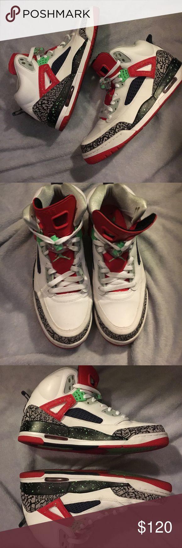 Jordan spizike green university red Jordan spizike green university red  gently worn. Inner left has minor scratch. Jordan Shoes Sneakers