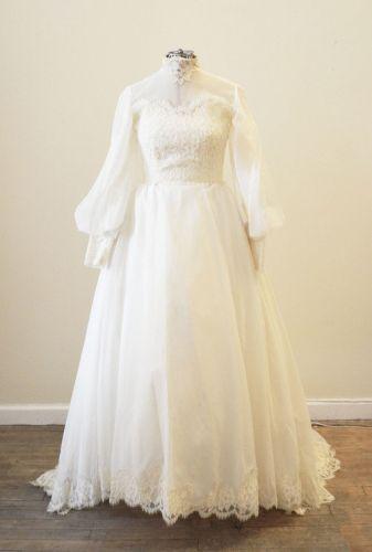 ヴィンテージウェディングドレス 187290104 70s ハイネックのオーガンザドレス - ヴィンテージウエディングドレスサロン -Barbara