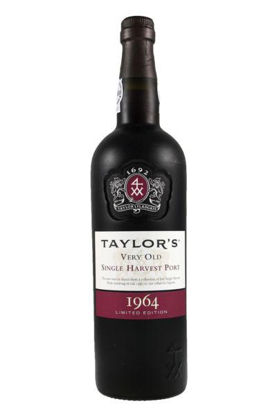 Taylor´s 1964 Single Harvest Port Wine A Taylor's tem uma das maiores reservas de vinhos do Porto envelhecidos em casco, uma das maiores de qualquer produtor. Estes vinhos do Porto, provenientes de um só ano, atingem a maturação em velhos cascos de carvalho e apresentam a data de colheita no rótulo. A Taylor's tomou a decisão de, anualmente, lançar uma edição limitada de um Colheita com 50 anos. A primeira da série é o Colheita de 1964...