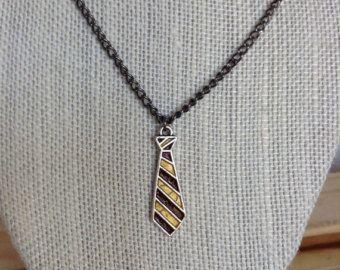 Haus Ravenclaw Krawatte Anhänger Halskette von TheChicyCauldron