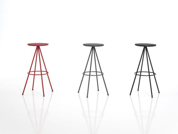 Bunte Hocker Designs Streichen Technik. Die Besten 25+ Alte Stühle