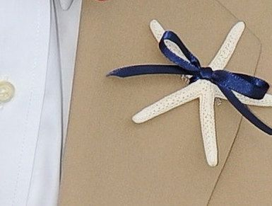 Starfish Boutonniere with 23 ribbon choices di SeashellCollection