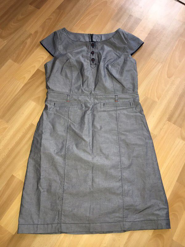 Mein Neuer Kleid von S. Oliver  von S.Oliver. Größe 40 / M / 12 für 15,00 €. Schau es dir an: http://www.kleiderkreisel.de/damenmode/formelle-slash-geschaftskleider/158393441-neuer-kleid-von-s-oliver.