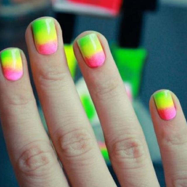 16 Super Cool Ombre Gradient Nail Art Tutorials: 42 Best Images About Uñas Decoradas / Nail Art On