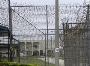 Fla. DOC reforms in wake of mentally ill inmate's scalding death http://www.correctionsone.com/corrections/articles/7481011-fla-doc-reforms-in-wake-of-mentally-ill-inmates-scalding-death/