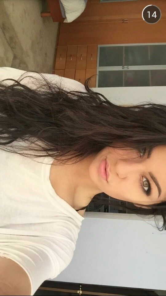 Fc :: Andrea Russet)) hey I'm Quinn. I'm 17 and single but looking. I love to make YouTube videos and go out and meet new people. I love to go on the beach and penny board. I have a brother who is awesome. Introduce?