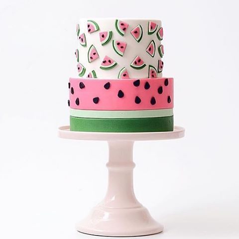 <Watermelon Anyone?> LOVE this Amazing Watermelon Cake by @tortikannuchka❤️ •••••••••••••••••• Share your Events with #CakesInStyle for a Sweeter World ••••••••••••••••