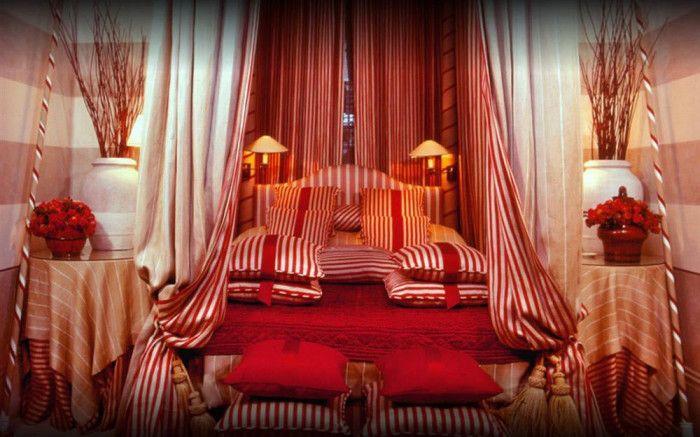 旅行ガイドブックの出版社でブティックホテルの予約サービスも展開する「ミスター&ミセス・スミス」。同社は優れたホテルを選ぶ「スミス・ホテル・アワード」を主催しています。 その「スミス・ホテル・アワード」で『世界で最もセクシーなベッドルーム』を持つホテルとしてナンバー1に輝いたホテルがロンドンにあります