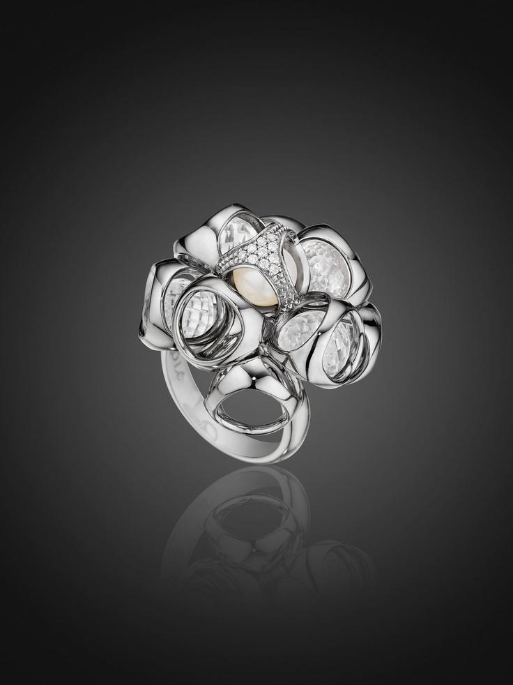 Di Modolo Icon Cluster Ring with Pave Diamonds, Rock