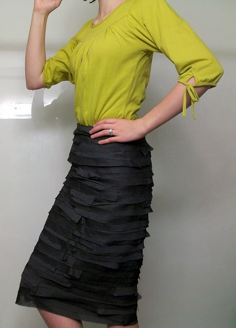 Feather's Flights {a creative, sewing blog}: Fish Scales Skirt