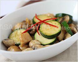 Mushroom Chicken | Mushroom Chicken Recipe | Easy Asian Recipes at RasaMalaysia.com - Page 2
