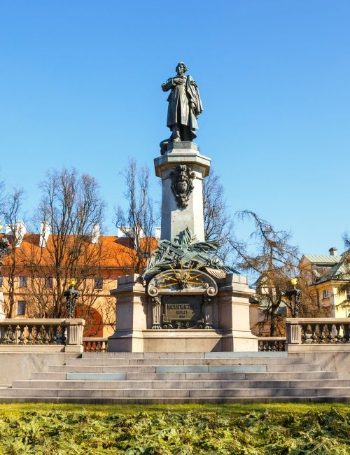 Zobaczcie Państwo z nami najpiękniejsze budowle Krakowskiego Przedmieścia. Pałac Prezydencki w Warszawie zwiedzanie z licencjonowanym przewodnikiem!