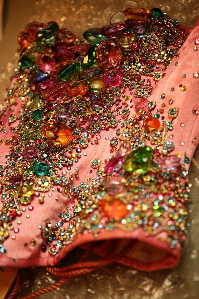 more sparkle, more dazzle. let's have fun playing with the treasures the Earth has given us.