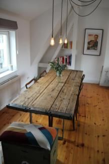 Esstisch aus Gerüstbohlen, Massivholz, Holztisch, Stahlfüße