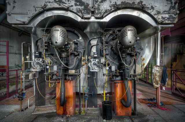 spacecave:    Heizkessel - Oil-fired boiler by daknoll on Flickr.