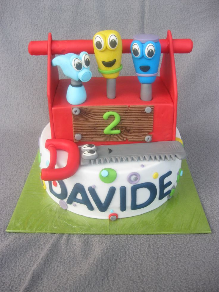 Eine Meister Mannies Werkzeugkisten Torte ist wohl der Traum eines jeden kleinen Jungen.