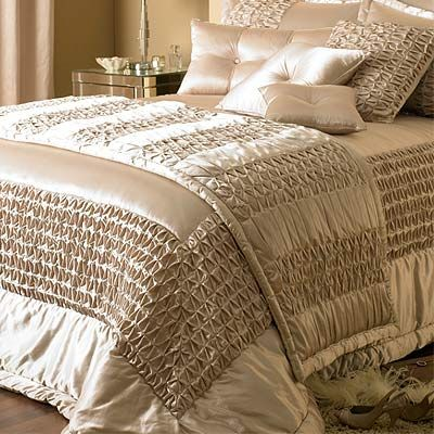 elegance bedroom couture monte carlo duchess satin bedspread champagne 275 x 275 cm home. Black Bedroom Furniture Sets. Home Design Ideas