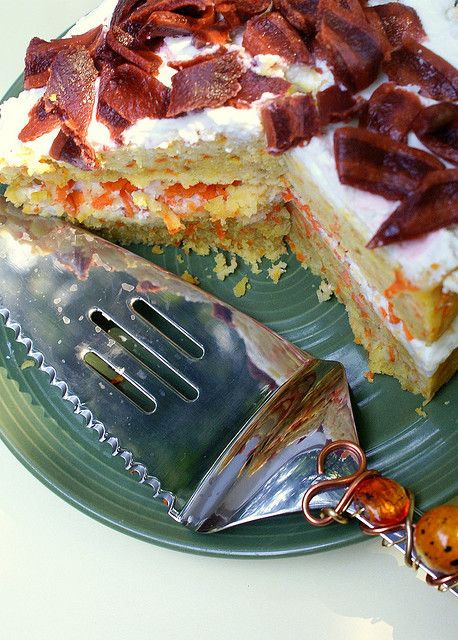 Wow, now that's a cake for a dog! Recipe looks easy, too! :)
