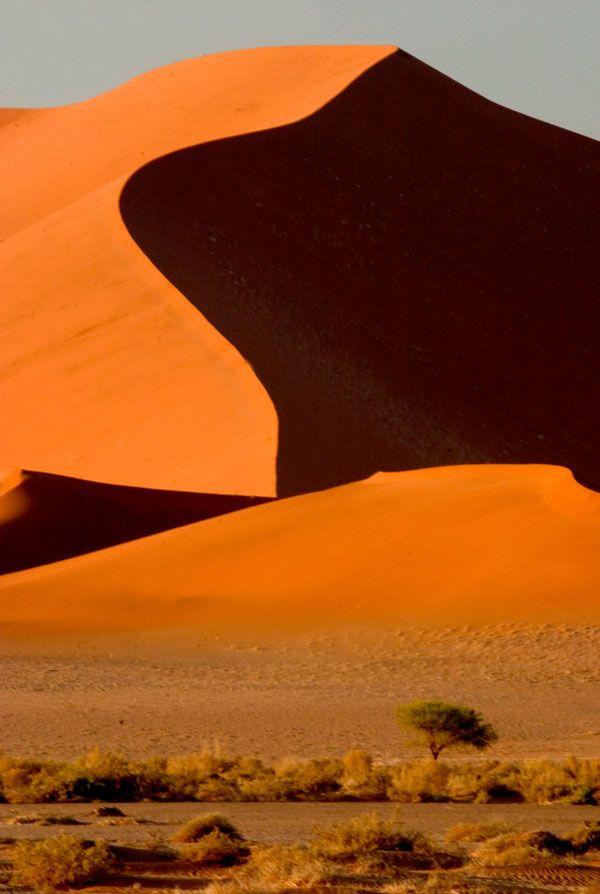 Sossusvlei Namibia - a photographers dream destination. info@discovermyafrica.com