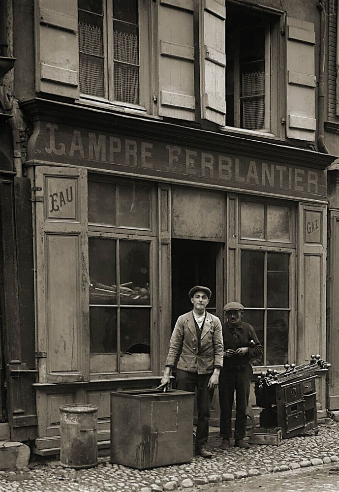 Photo ancien commerce Toulouse Magasin Ferblantier ustensile tirage repro an. 20
