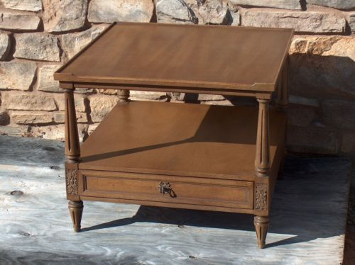 Henredon Mid Century Classic End Table Drawer Fluted