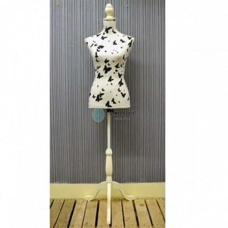 165CM WHITE & BLACK BUTTERFLY MANNEQUIN €85 #mannequin #fashion #interiordesign #Design Call and secure over the phone: 01-4966851 or on www.rugstorhinos.com