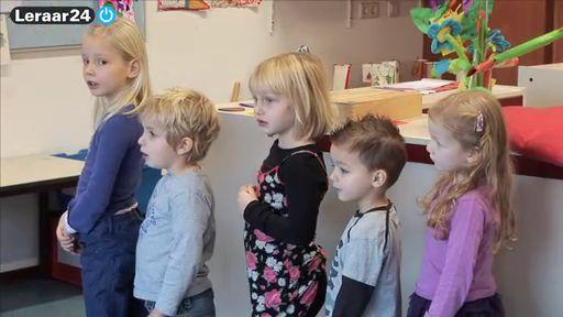 Rekenen - Maniertjesdoos 3: optocht - Video - leraar24. lln patronen leren herkennen door middel van een rij.