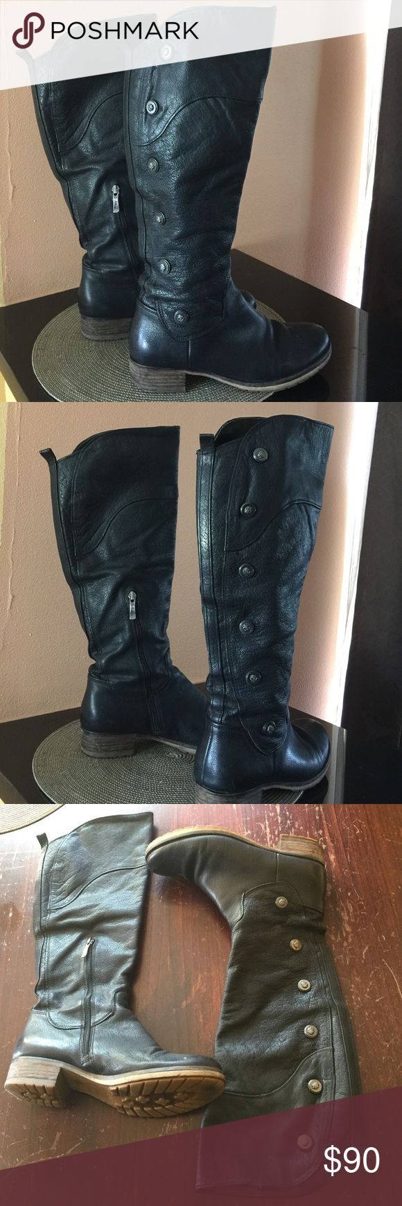 Guess by Marciano long boots. There's a zipper on the side for ease of getting in and out of the boots. There are gorgeous buttons that go up the outside of the boot. Slightly used. Guess by Marciano Shoes Winter & Rain Boots