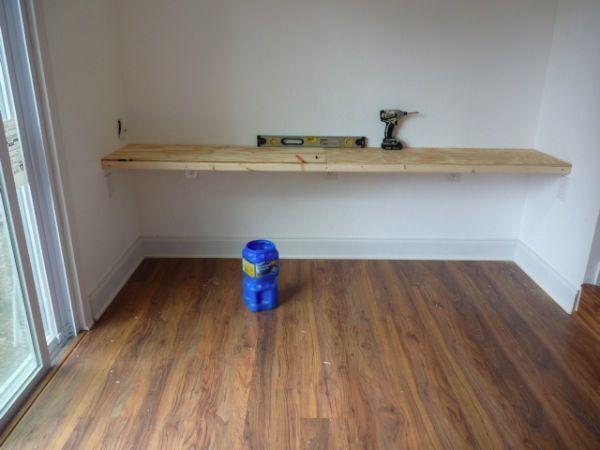 Wandmontierte Schreibtische, die Platz sparen in kleinen Räumen. #Mounted #Desk…