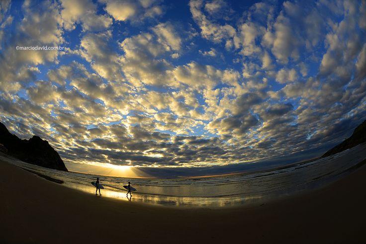 Nascer do sol da Prainha, em São Chico. Nikon D600 objetiva: 16mm