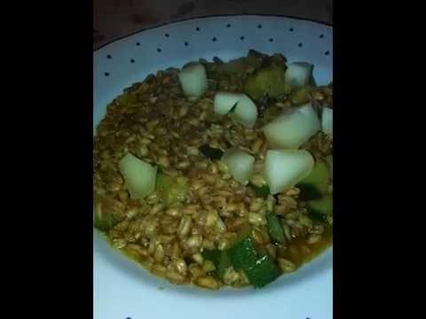 Farrotto (ovvero risotto a mo' di farro) perlato alle zucchine con Cacio...