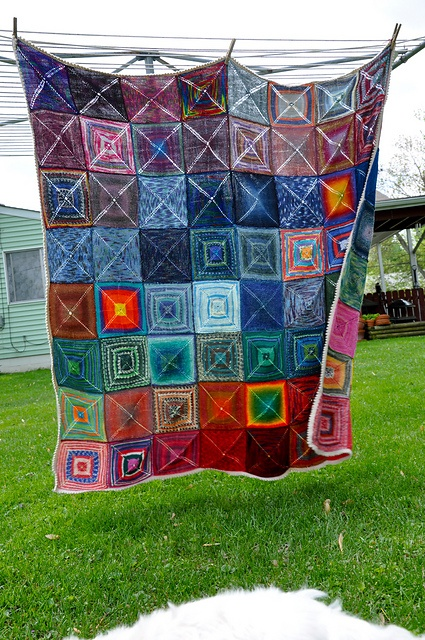 Barn Raising Quilt Pattern Free Knitting : 10 best Barn raising quilt inspiration images on Pinterest Raising, Knit crochet and Knitting