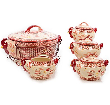 temp-tations Old World 11 Piece Set with 2.5 Quart Figural Hen or Cow & 16oz. Mini Bakers - CRANBERRY HEN