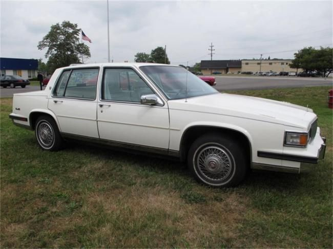 1985 Cadillac DeVille in Troy Michigan