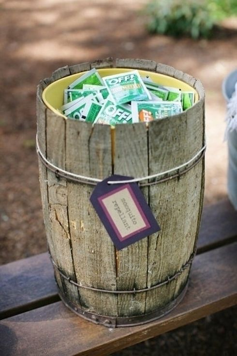 32 Totally Ingenious Ideas For An Outdoor Wedding - provide individual insect repellent