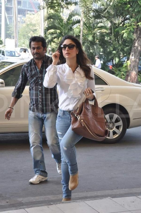 Kareena, Karisma and Imran clicked at the airport | PINKVILLA