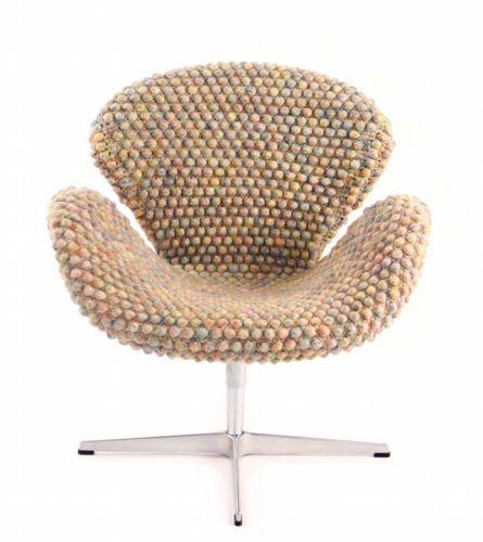 Sinje Ollen | Arne Jacobsen Swan Chair Cover Photo