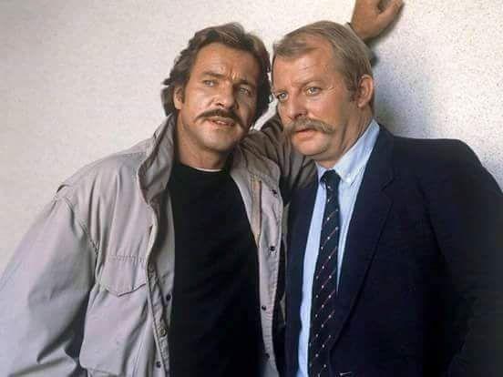 """Horst Schimanski (Götz George), Christian Thanner (Eberhard Feik +1994), 1981 - 1991 gingen die beiden i. den besten """"Tatort""""-Folgen die es gab auf Verbrecherjagd"""