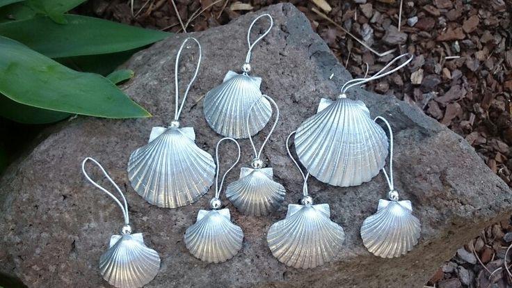Scallop seashells Christmas decorations